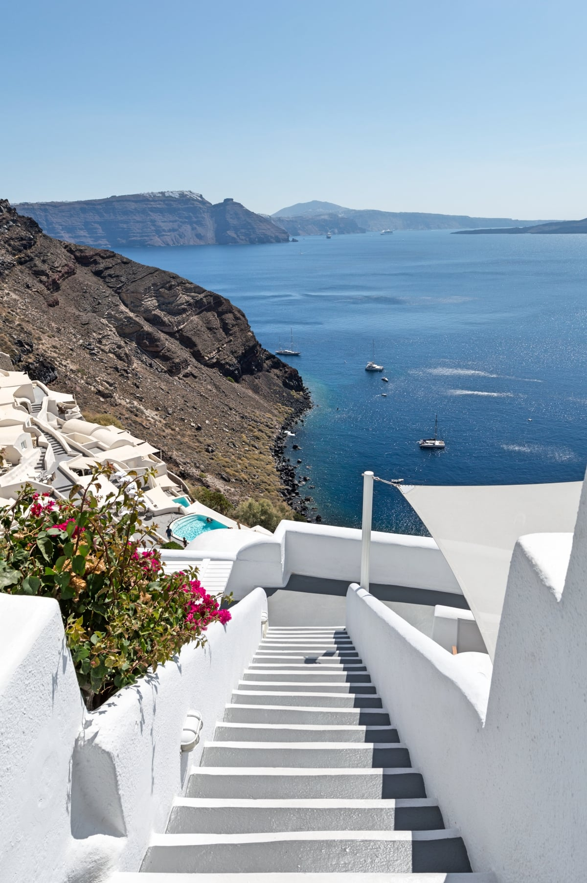 Greece_Oia_Canaves_Oia_Hotel_Architecture_Views_fivestardestination__five_star_destiantion_1