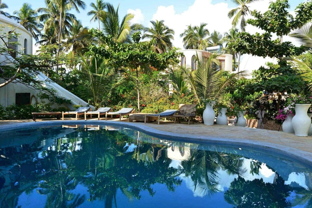 Xanadu_Villas_Retreat_Zanzibar_pool_fivestardestination_five_star_destination_2