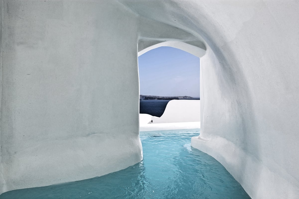 Greece_Canaves_Oia_Canaves_Hotel_River_Pool_Suite_fivestardestination__five_star_destiantion_1
