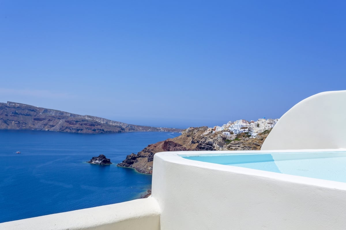 Greece_Canaves_Oia_Suites_Presidential_Suite_with_plunge_pool_fivestardestination_five_star_destnation_5