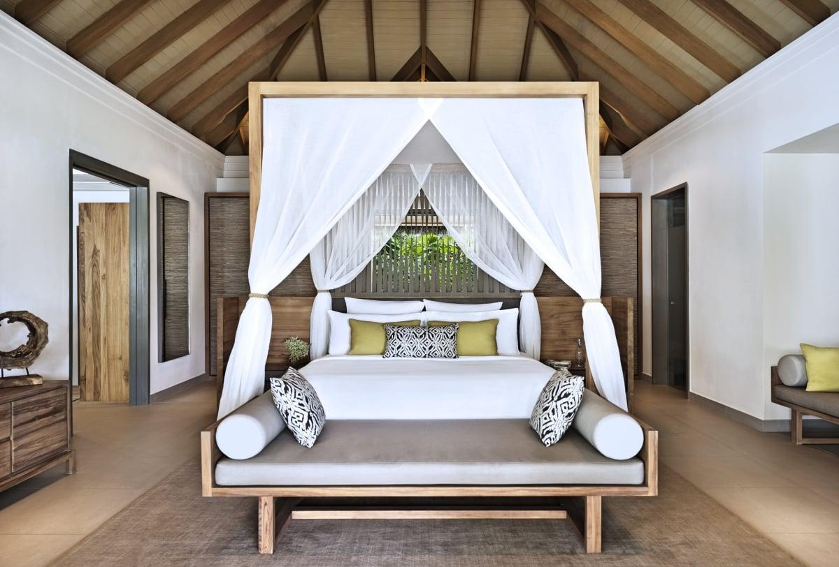 Maldives_Vakkaru_Maldives_Beach_Family_Pool_Villa_fivestardestination__five_star_destiantion_1