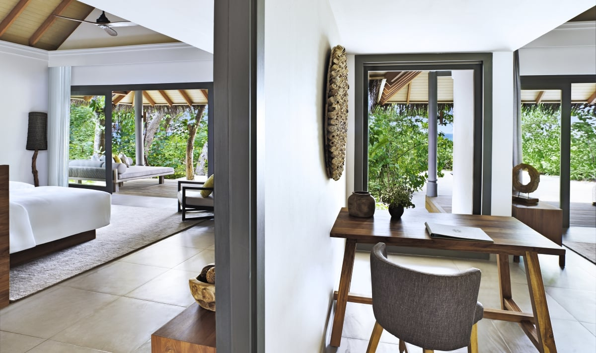 Maldives_Vakkaru_Maldives_Two_Bedroom_Beach_Villa_fivestardestination__five_star_destiantion_1